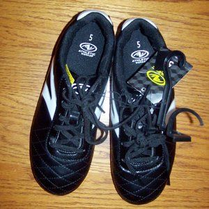 Boys Size 5 Black TRACK Soccer Shoes Cleats #1